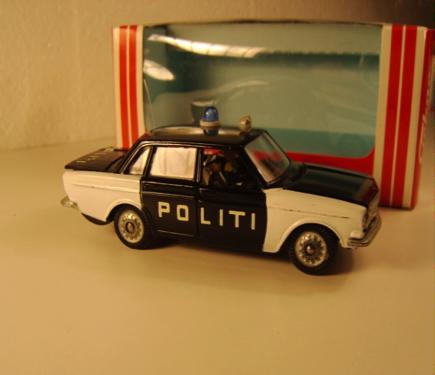 Volvo 144 Politi