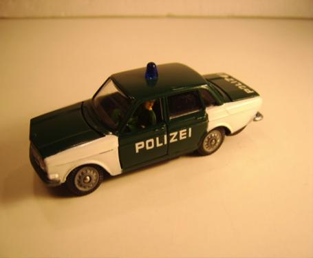 Volvo 144 Polizei