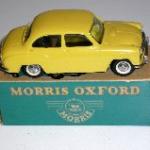 Morris Oxford eksportmodel gul