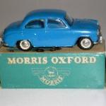 Morris Oxford eksportmodel lyseblå