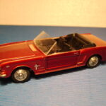 833 Ford Mustang