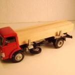 917 Ford D 800 Tømmerbil