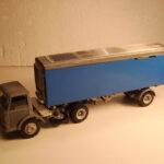 921 Ford D 800 Longtrailer