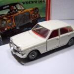 838 Volvo 164